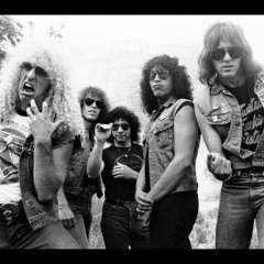 Twisted Sister - Out on The Streets